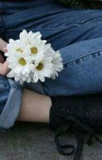 Una semidea...diversa  by figliadiapollo04