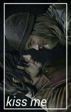 kiss me;desus au.  by erwinhusband
