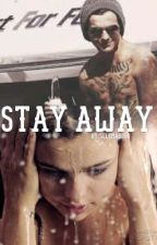 Stay away.[ Louis Tomlinson punk story.] by Selenasboo
