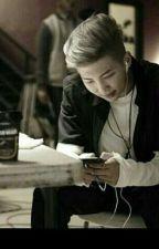 Unbewusst mit Kim Namjoon/Rap Monster Schreiben||Bts/Namjoon Ff by xBlackismyhappycolor