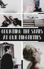(TRADUÇÃO) Counting the stars at our fingertips by florestelf
