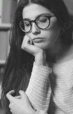 una chica infeliz  by LaCatiraRivas5