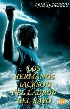 Leyendo los hermanos Jackson y el ladrón del rayo by Mily242829