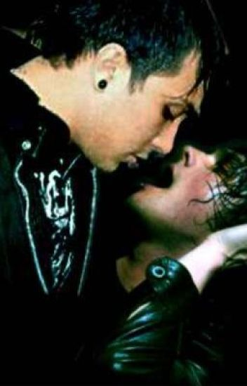 Just Roommates (A Frerard Fanfic)