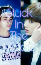 Stuck In The Middle (Jungkook X Reader X Taehyung) by ForeverDead27