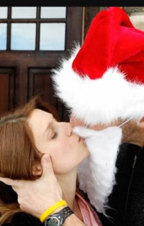 I Caught Mommy Kissing Santa Claus 2! by UrMummyStories556