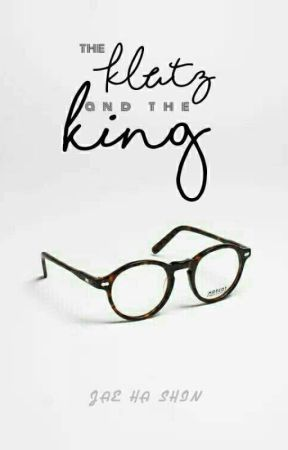 The Klutz and the King (#Wattys2017) by Suji_Lawliet