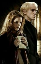 Stars Into My Darkness  《Dramione》 by AmelRose24