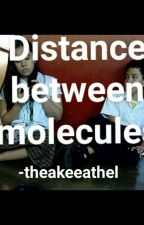 Distance Between Molecule by theakeeathel