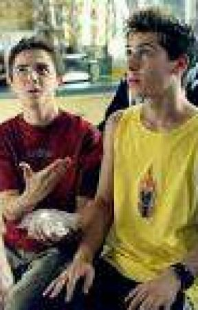 A New Try With A New Family (Malcolm In The Middle gay fanfiction) by TheEggsMan