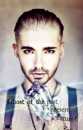 Ghost of the past, present, future? [ Pozastaveno ] by NewtBlueMoon