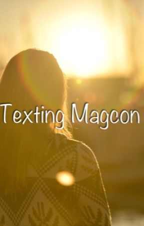 Texting Magcon  by Gabby_L05