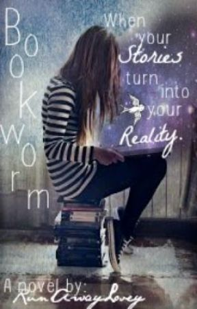 Bookworm by RunAwayLovey