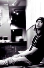Love Like A Tidal Wave {Vic Fuentes Fanfic} by aliciasilot