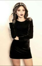 La nerd  vampira  (Ruggarol) by keylingnavarrete13
