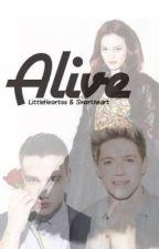 Alive// by Littleheartss