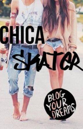 Chica skater by xHazzaSmilex