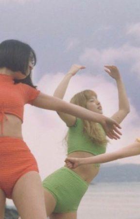 GIRLS / twice by lgbtzuyu