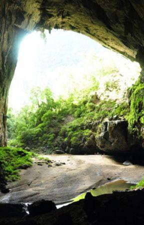 The cave by IAILWW