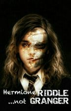 Hermione Riddle... not Granger by ElinevdBogaard