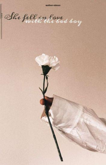 백현: She fell in love with the bad boy.