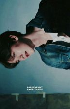paperweight  by bbhbyprive