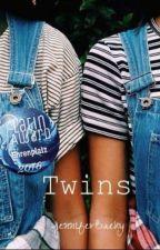 Twins. (Abgeschlossen) #PlatinAward18 by JenniferBaeky