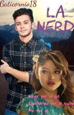 La nerd ( Ruggarol ) by Gaticornio18