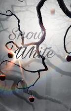 Snow White  by fitria227