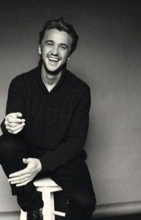 Draco Malfoy Imagines - Muggle - Wattpad
