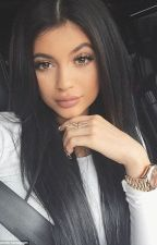 Kylie Jenners life | Dutch by SchrijvertjeeuhXoX