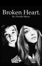 Broken heart - Afsluttet  by PernilleMeyer