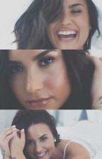 Adoptada por Demi Lovato~Terminada  by SenoritaIrwinDin