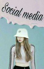Sosial Media  by Siqasiq