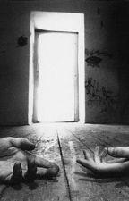No olvides cerrar la puerta by CristianSolarus
