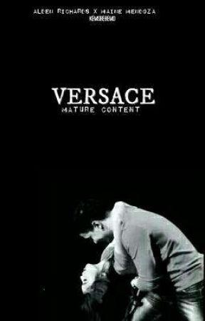 Versace by kemsbebemo