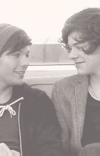 Broken, Smashed and Hopelessly in Love *Larry Stylinson* by fionafaebanddarcy