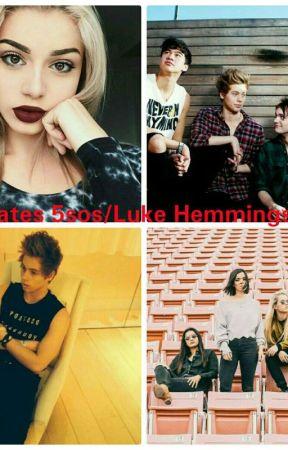 Tourmates A 5sos/Luke Hemmings fanfic by Abbie_Hemmings22