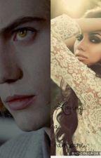 Loving a Vampire  by HarliLawson6