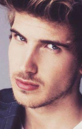Love is confuse (A Joey Graceffa x reader fic) by CassandraFilnt