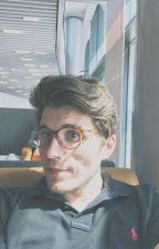 Die Brille || Kürbistumor Oneshot by frozenola