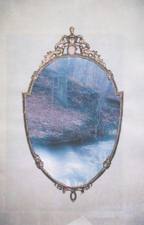 Derrière le miroir by lila37000