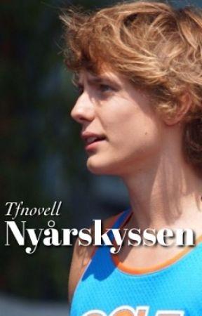 Nyårskyssen - The Fooo Novell by Tfnovell