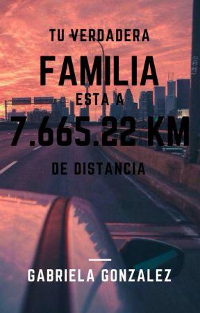 Tu verdadera familia esta a 7.665.22 km de distancia by Gabriela_Doble_G