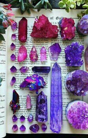 Crystals, gems, rocks, stuffs  by Galaxyglitterqueen