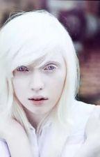 Девушка альбинос. Крипипаста by VettoriaVi