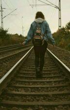•  Το κορίτσι στο τρενο  • by Cocojarukami