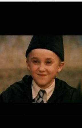 Draco Malfoy X characters/reader  SLOW UPDATES! - My girl Draco X