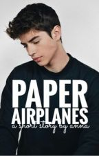 paper airplanes | ✓ by alarmingly