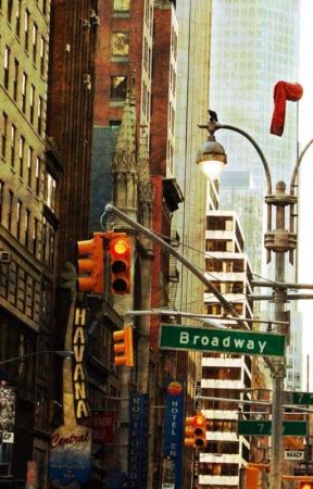 Broadway Musical Reviews by -Melomanie